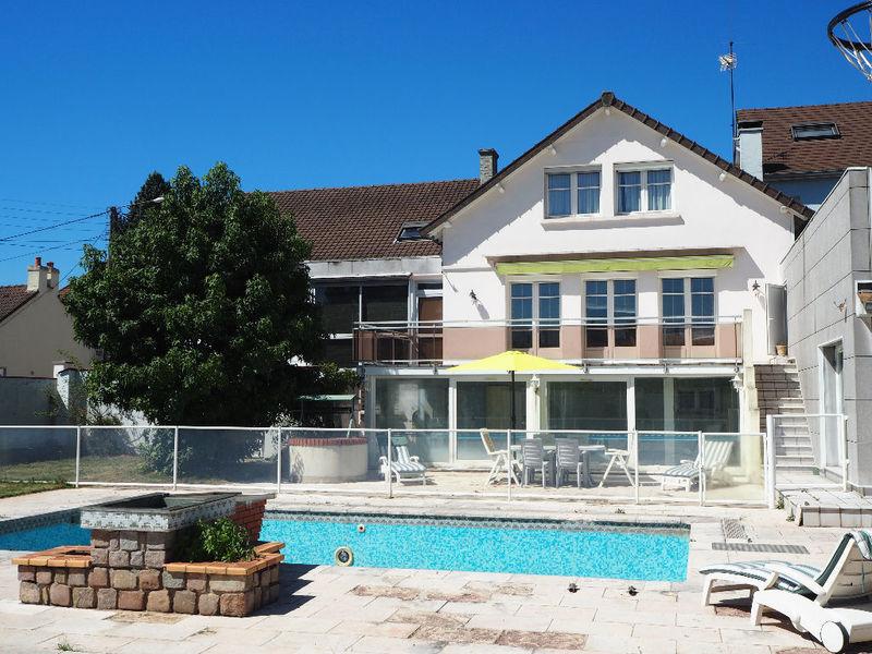 Maison montchanin piscine immofavoris for Piscine montchanin