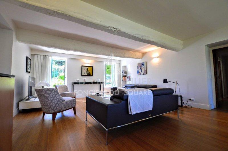 maison architecte nice immofavoris. Black Bedroom Furniture Sets. Home Design Ideas