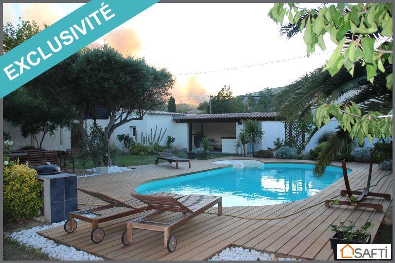 Studio marignane piscine immofavoris for Piscine marignane