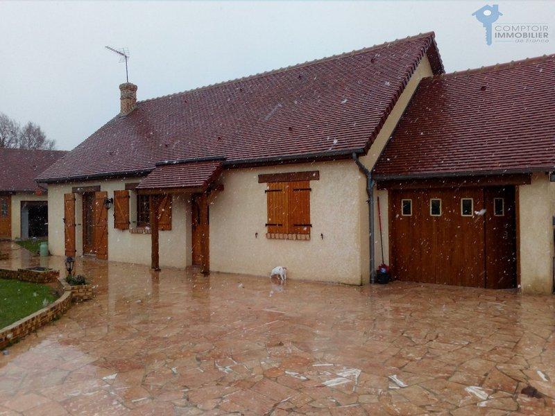 Maison breteuil piscine immofavoris for Piscine breteuil