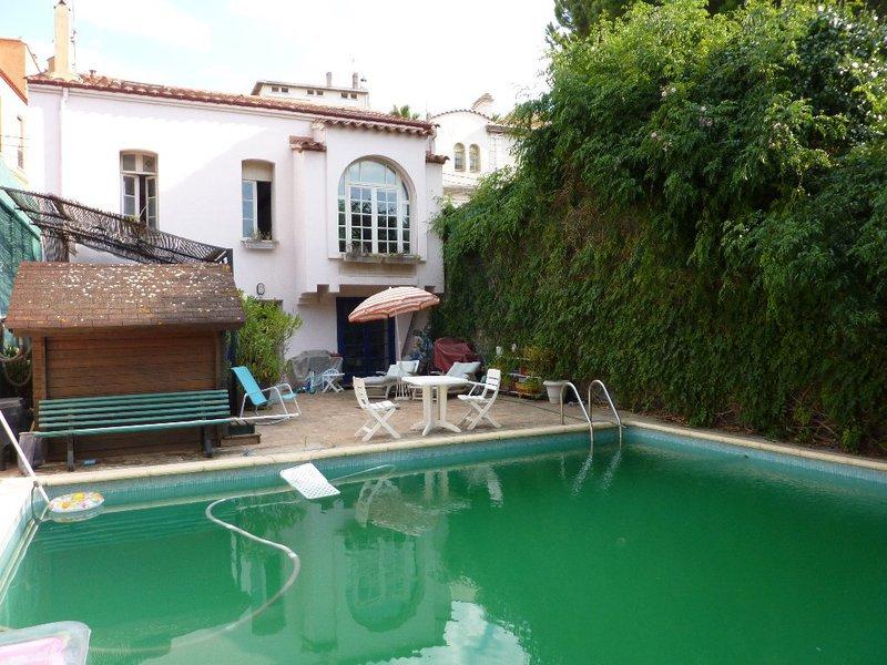 Maison plain pied piscine perpignan 66 immofavoris for Piscine perpignan