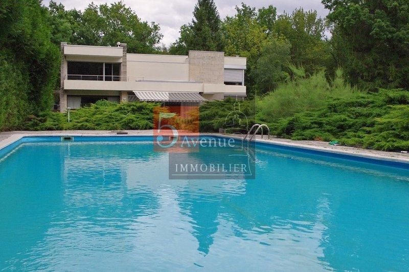 Maison chantilly gouvieux piscine immofavoris for Piscine gouvieux