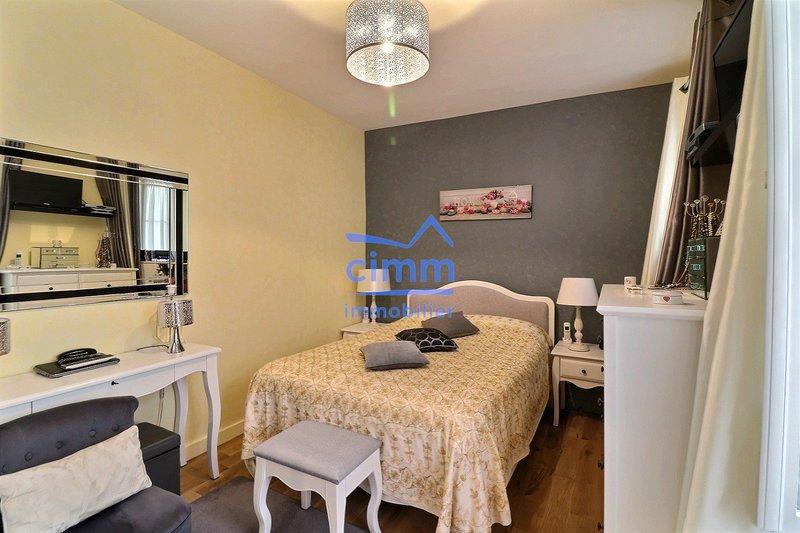 vente appartement rez de chaussee paris 17 immofavoris. Black Bedroom Furniture Sets. Home Design Ideas