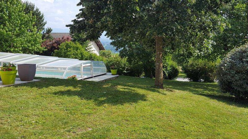 Maison piscine annecy exterieur immofavoris - Piscine des dronieres cruseilles ...