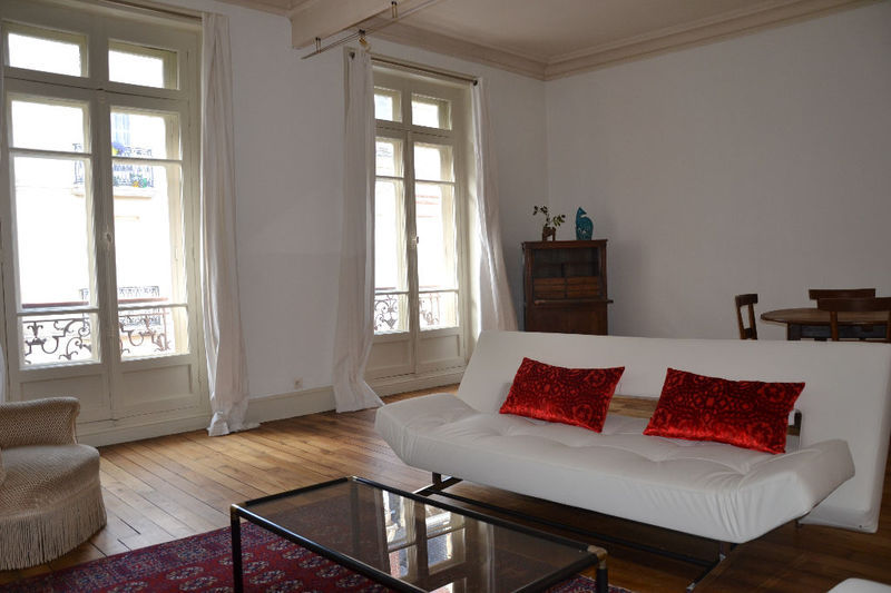 location meuble mois rennes immofavoris. Black Bedroom Furniture Sets. Home Design Ideas