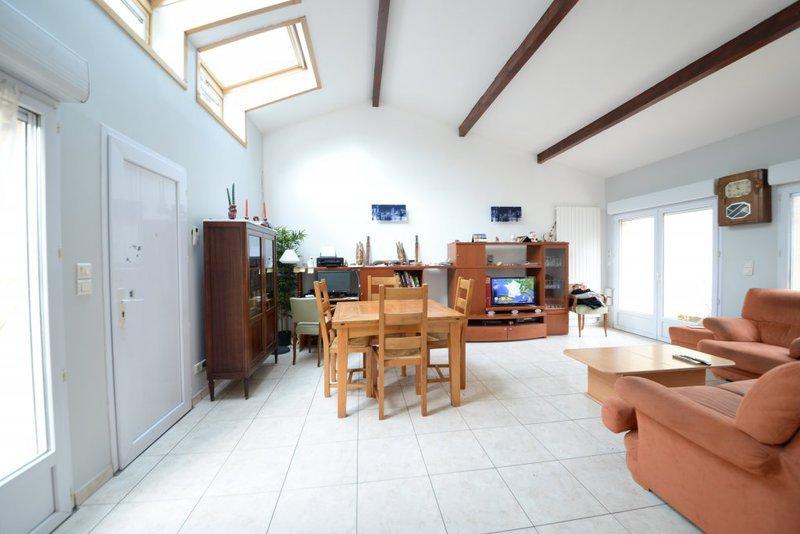 vente maison fontenay sous bois immofavoris. Black Bedroom Furniture Sets. Home Design Ideas