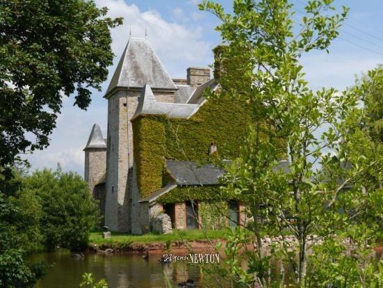 Ancienne porte grange renove immofavoris for Achat maison brix