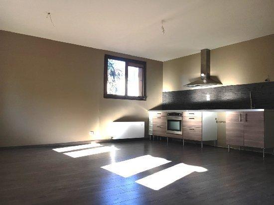 acheter garage annecy immofavoris. Black Bedroom Furniture Sets. Home Design Ideas