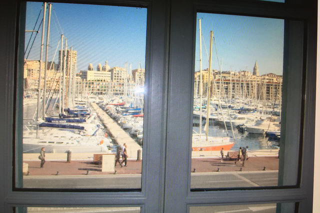 Loft appartement vieux port marseille immofavoris for Vente appartement vieux port marseille