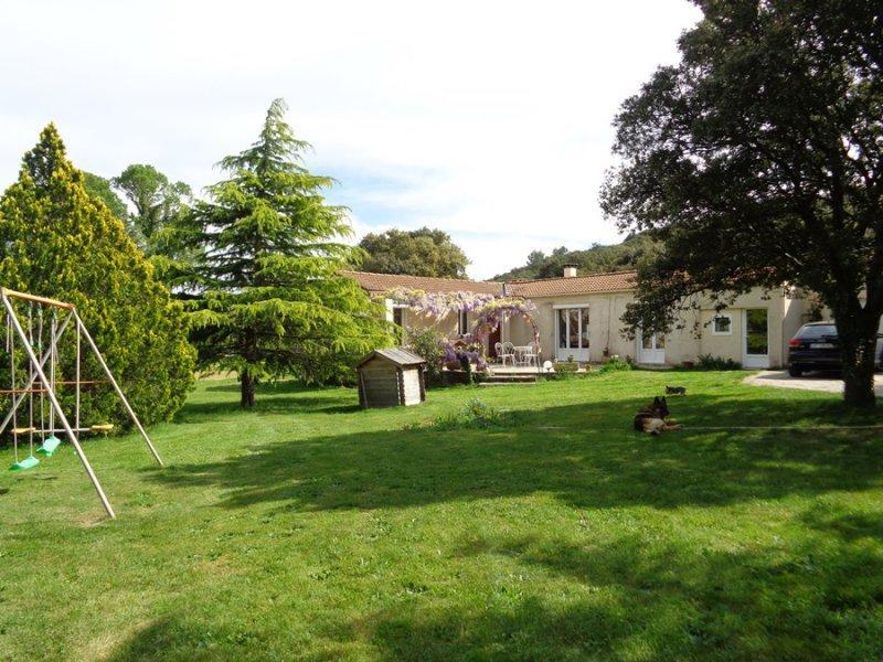 Villa neuve nimes jardin immofavoris - Maison jardin menu nimes ...