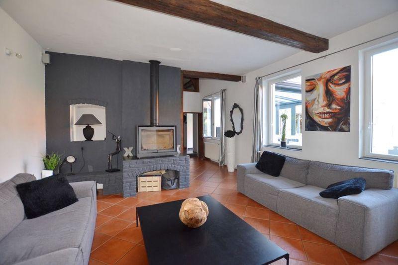 amenagement chambre ancienne maison terrasse immofavoris. Black Bedroom Furniture Sets. Home Design Ideas