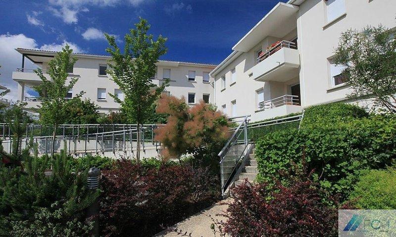 Poitiers centre piscine immofavoris - Chambre de commerce de poitiers ...