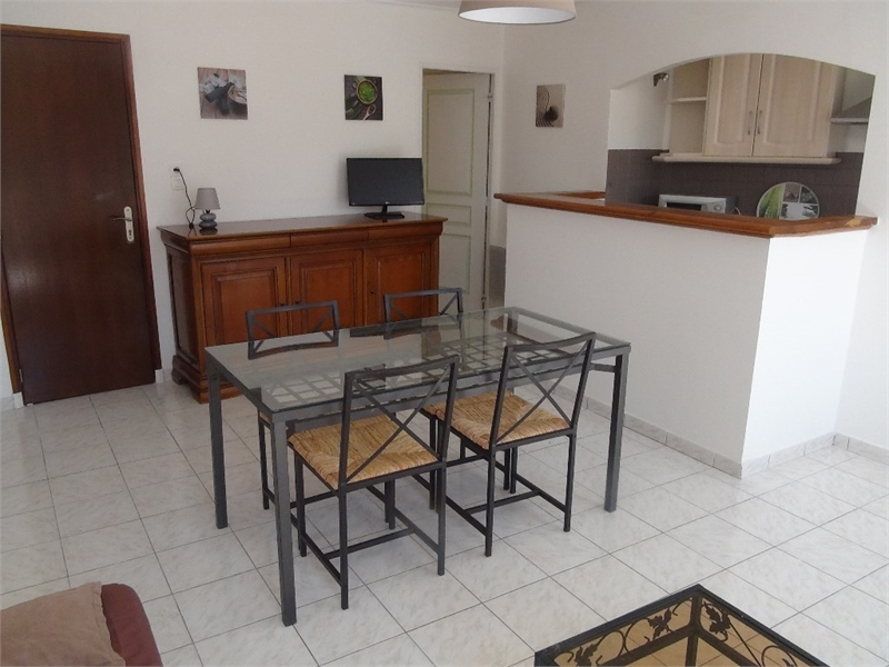 rangement velo meuble immofavoris. Black Bedroom Furniture Sets. Home Design Ideas