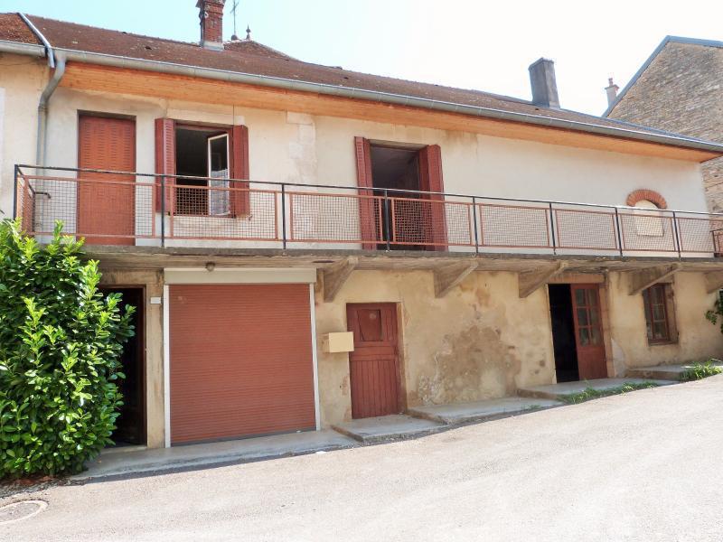 Fenetre atelier loft jardin immofavoris for Vente maison avec atelier