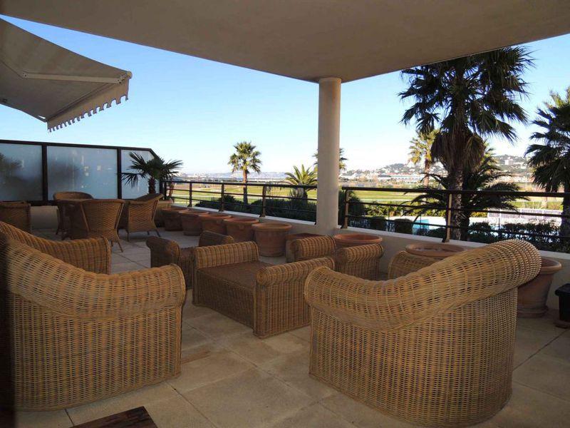 Appartement 13008 mer terrasse immofavoris for Appartement toit terrasse marseille 13008