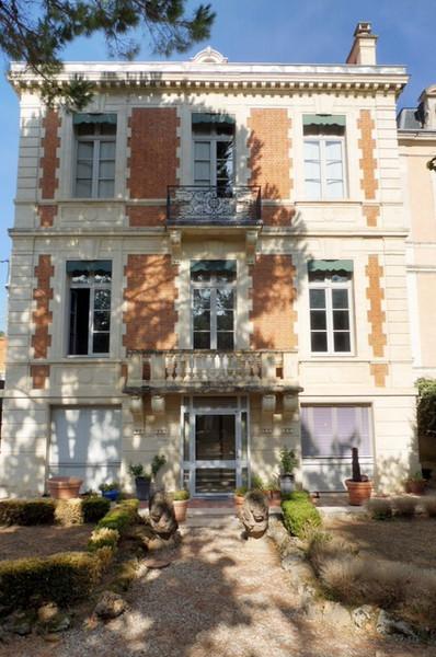 Maison bourgeoise montpellier jardin immofavoris for Jardin xviiie siecle