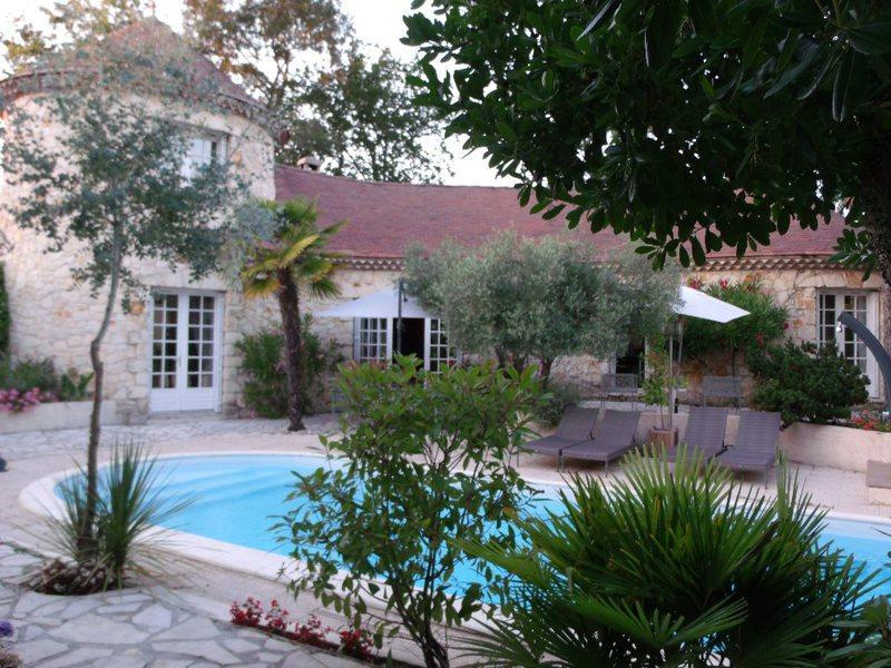 Maison pessac piscine golf immofavoris for Piscine pessac