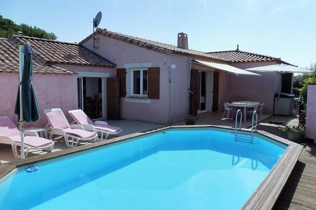 Belle pezenas piscine immofavoris - Pezenas piscine ...