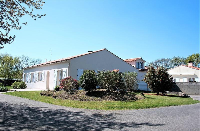 Vente maison saint hilaire de talmont immofavoris for Garage talmont saint hilaire