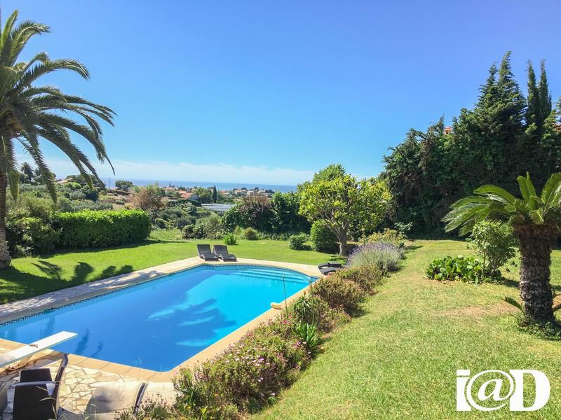 Maison 2 collines nice piscine immofavoris - Piscine pente terrain nice ...