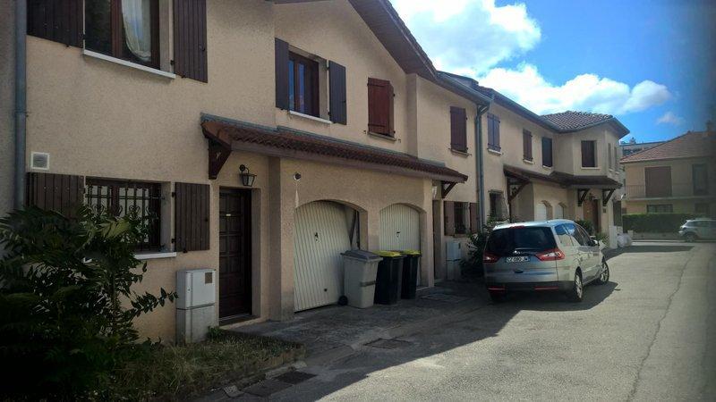 4 chambres villeurbanne garage jardin immofavoris for Garage a villeurbanne