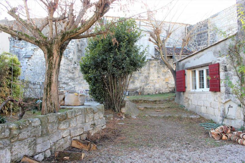 Maison de retraite mallemort top rsidence les jardins de for Le jardin mallemort