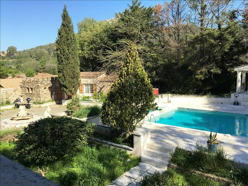 Cabanon hyeres piscine immofavoris for Piscine hyeres