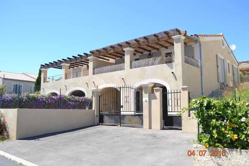 Villa herault montpellier jardin immofavoris - Jardin d essence montpellier ...