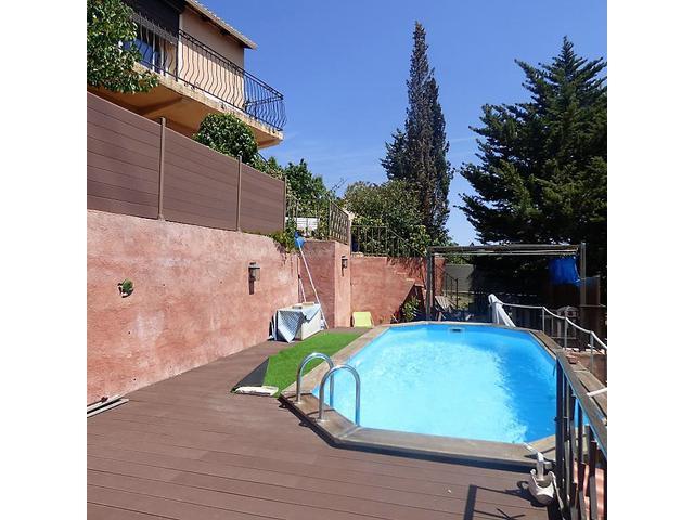 Maison atelier paris 18 piscine immofavoris for Piscine paris 18