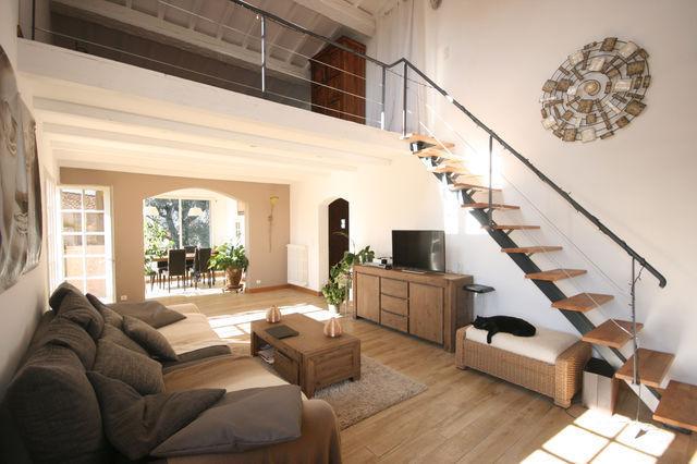 mezzanine cathedrale piscine immofavoris. Black Bedroom Furniture Sets. Home Design Ideas