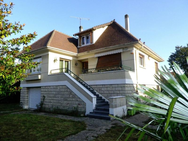 maison mitry mory terrasse immofavoris. Black Bedroom Furniture Sets. Home Design Ideas