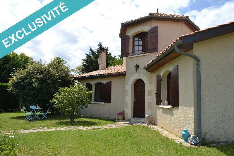 Vente maison saint trelody immofavoris for Surface atypique 92