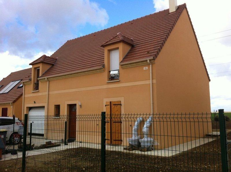 Maison corbeil essonnes garage immofavoris for Garage renault feray corbeil essonnes